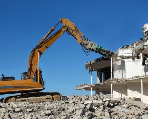 Tout savoir sur les principaux engins de démolition