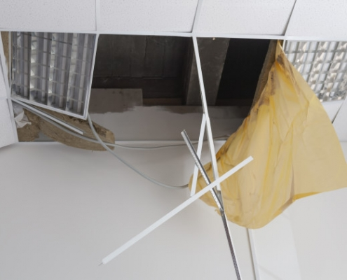 Coût de démolition d'un faux plafond