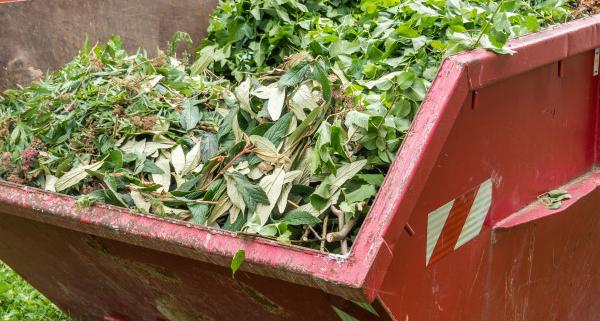 Comment se déroule l'enlèvement de déchets verts à domicile ?